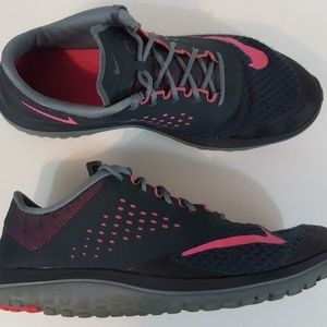 Nike Womens FS Lite Run 2 Running Shoes Size 11